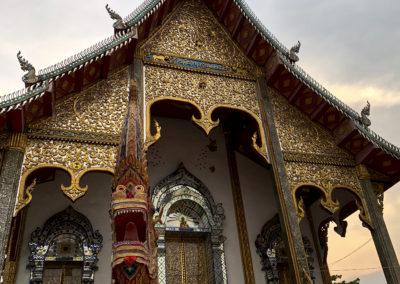 D5_36-CNX-temple-019