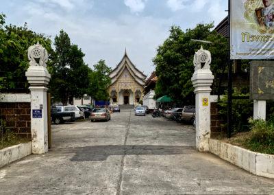 D6_21-CNX-temple-009