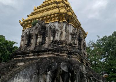 D6_33-CNX-temple-019
