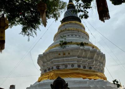 D8_30-CNX-temple-024