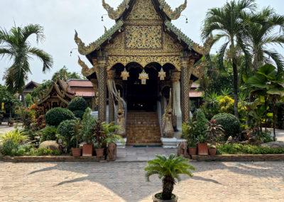 D8_34-CNX-temple-028